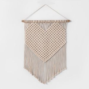 Opalhouse Heart Macrame Wall Tapestry Hanging